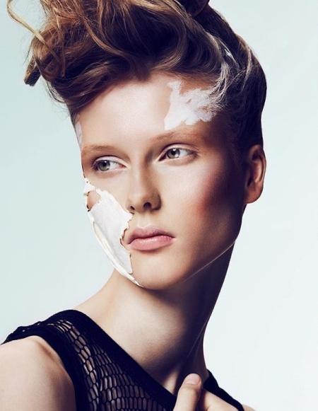 Zuza Sowinska Bania makeup
