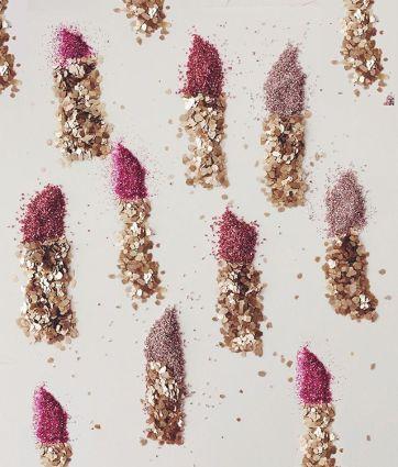 glitter lipstick pattern