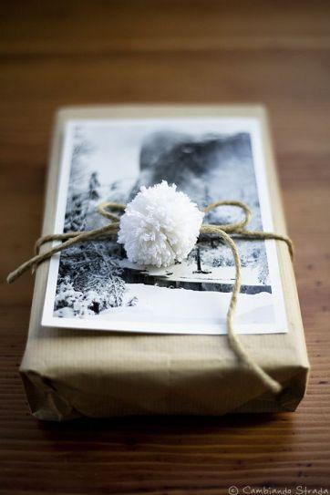 DIY gift wrap for Christmas #youneedacocktail