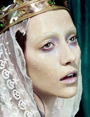 Miles Aldridge, makeup Alice Ghendrih
