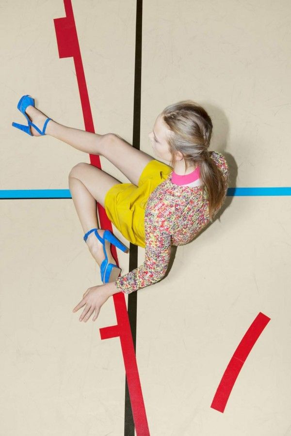 Carven campaign Spring Summer 2012 by photographer © Viviane Sassen