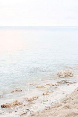 Beach par Elena Kovyrzina on Flickr | https://www.flickr.com/photos/virtualinsanity/